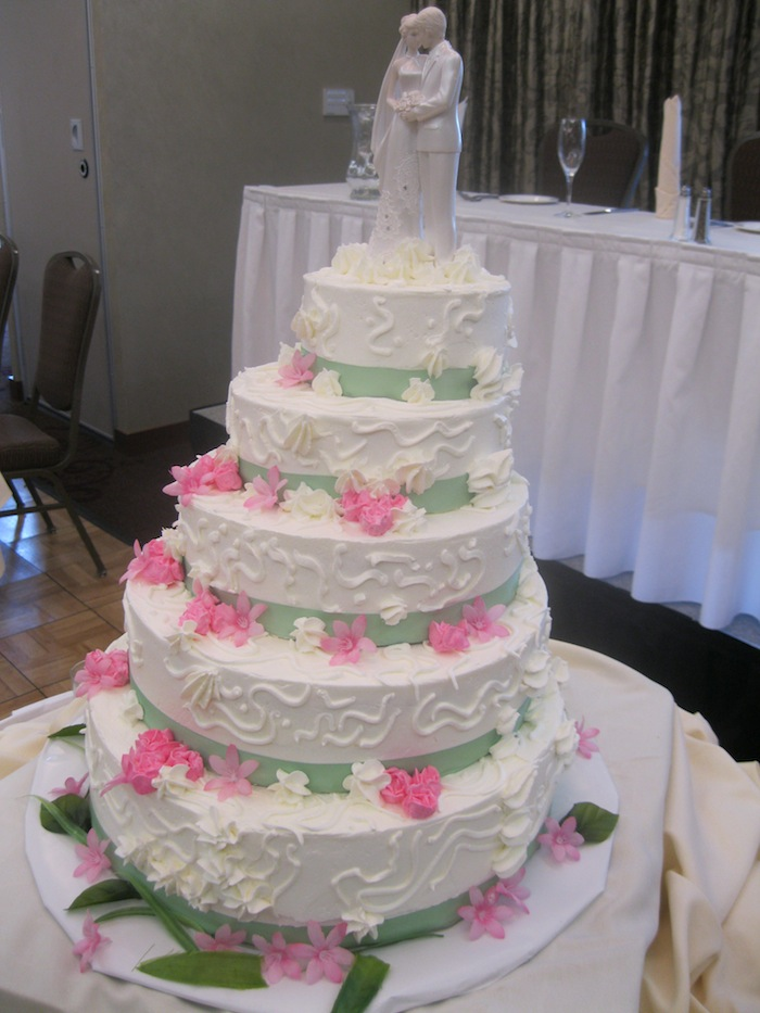 Gluten Free Wedding Cakes - Buffalo birthday cake